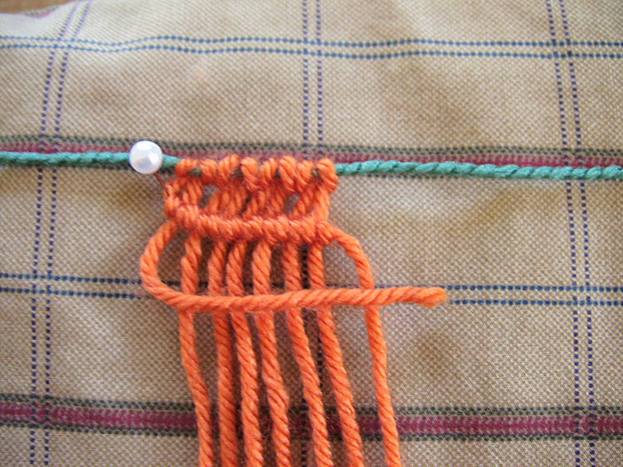 macrame horizontal hitch