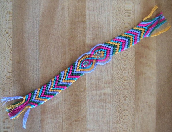 macrame bookmark