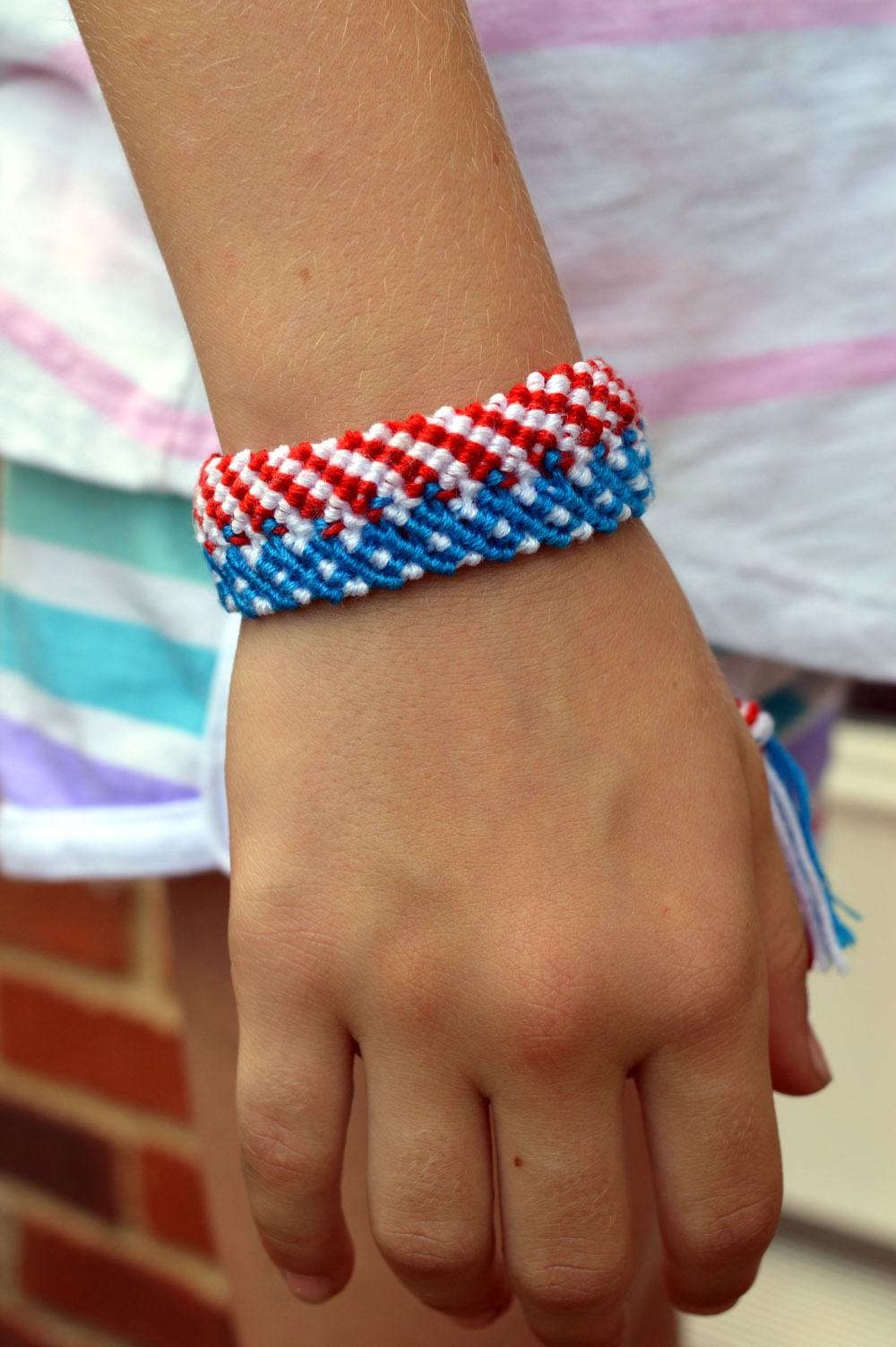 macrame 4th of july bracelet